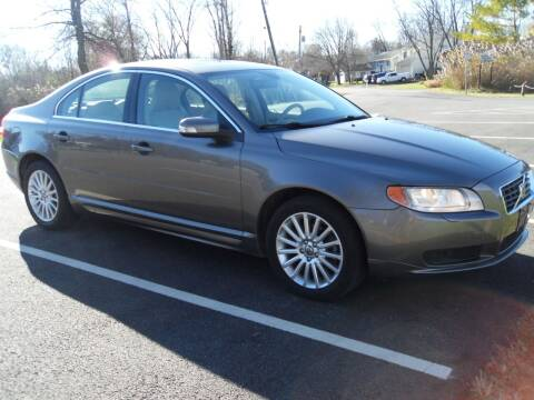 2008 Volvo S80 for sale at GLOBAL AUTOMOTIVE in Gages Lake IL