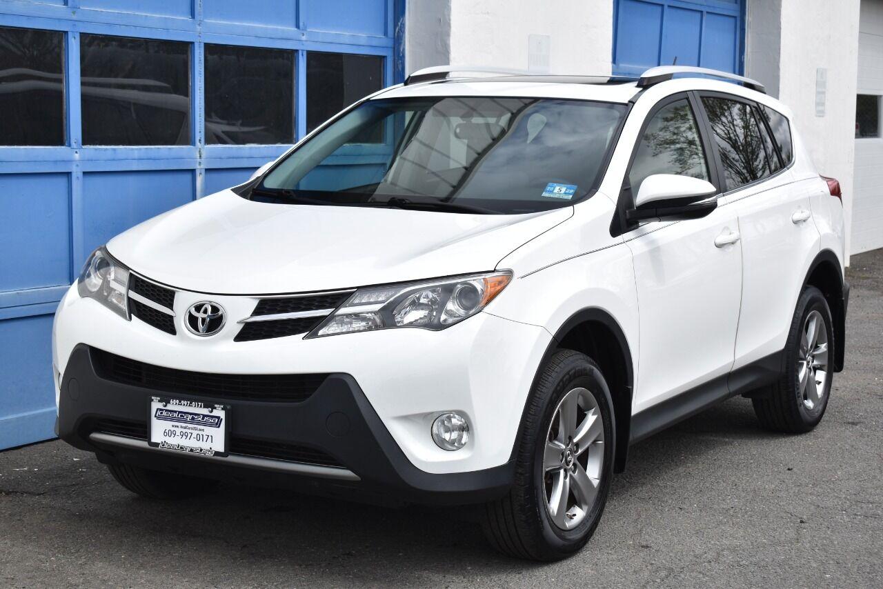 2015 Toyota RAV4 XLE AWD 4dr SUV full