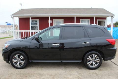 2020 Nissan Pathfinder for sale at AMT AUTO SALES LLC in Houston TX
