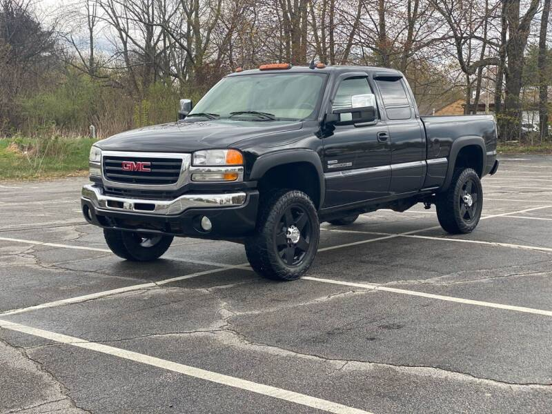 2007 GMC Sierra 2500HD Classic for sale at Hillcrest Motors in Derry NH