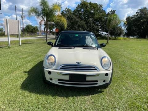2005 MINI Cooper for sale at AM Auto Sales in Orlando FL