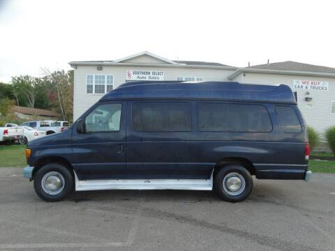 2003 Ford E-Series Wagon for sale at SOUTHERN SELECT AUTO SALES in Medina OH
