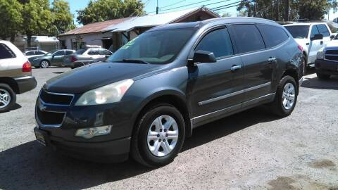 2009 Chevrolet Traverse for sale at Larry's Auto Sales Inc. in Fresno CA