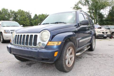 2006 Jeep Liberty for sale at UpCountry Motors in Taylors SC