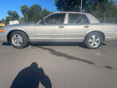 2010 Ford Crown Victoria for sale at Beckham's Used Cars in Milledgeville GA
