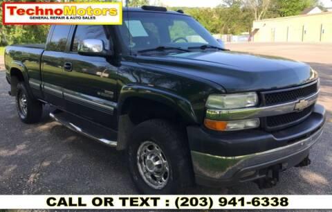 2001 Chevrolet Silverado 2500HD for sale at Techno Motors in Danbury CT