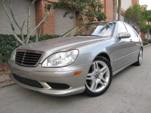 2006 Mercedes-Benz S-Class for sale at FLORIDACARSTOGO in West Palm Beach FL