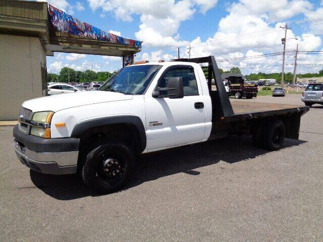 2004 Chevrolet Silverado 3500 for sale at Tri-State Motors in Southaven MS