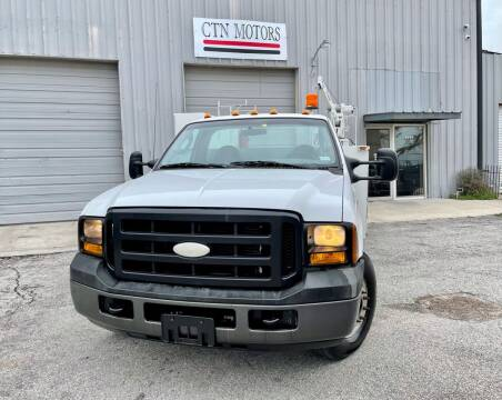 2006 Ford F-350 Super Duty for sale at CTN MOTORS in Houston TX