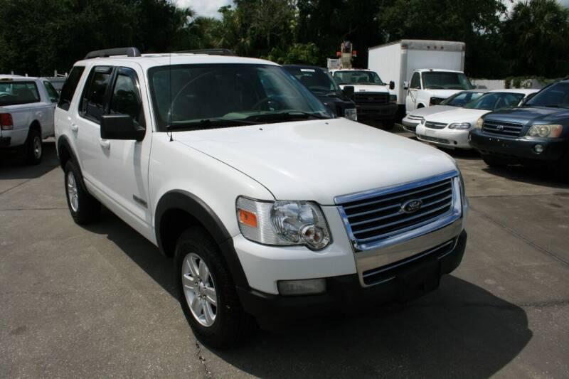 2007 Ford Explorer for sale at Mike's Trucks & Cars in Port Orange FL