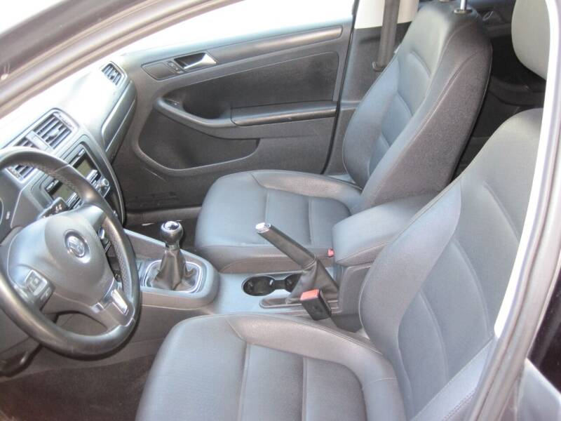 2011 Volkswagen Jetta SE PZEV 4dr Sedan 5M - Bountiful UT