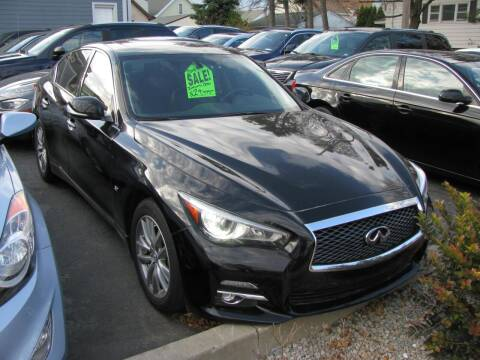 2014 Infiniti Q50 for sale at CLASSIC MOTOR CARS in West Allis WI