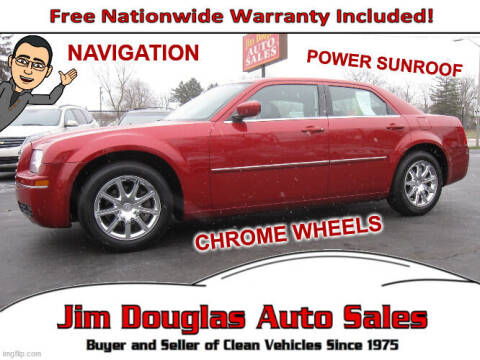 2009 Chrysler 300 for sale at Jim Douglas Auto Sales in Pontiac MI