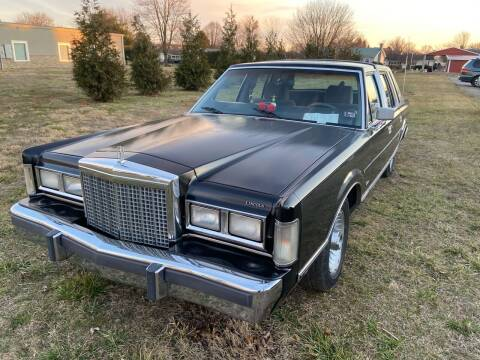 1987 Lincoln Town Car for sale at US5 Auto Sales in Shippensburg PA