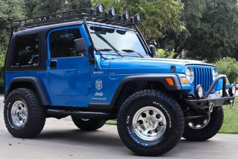 2003 Jeep Wrangler for sale at SELECT JEEPS INC in League City TX