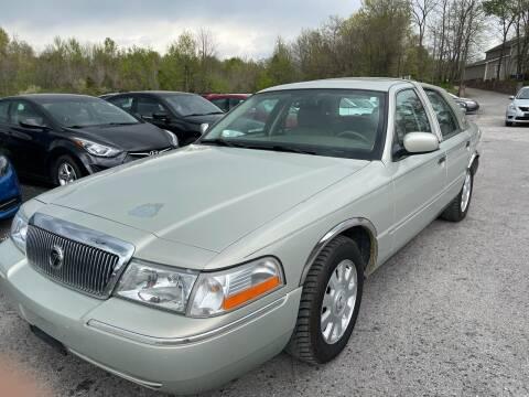 2005 Mercury Grand Marquis for sale at Best Buy Auto Sales in Murphysboro IL