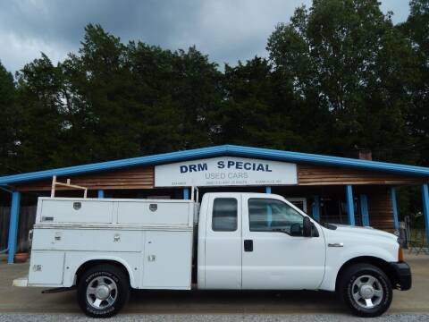 2006 Ford F-250 Super Duty for sale at DRM Special Used Cars in Starkville MS