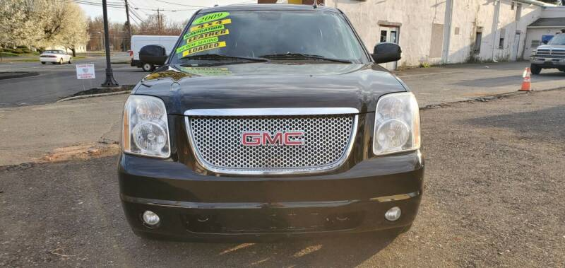 2009 GMC Yukon for sale at Russo's Auto Exchange LLC in Enfield CT