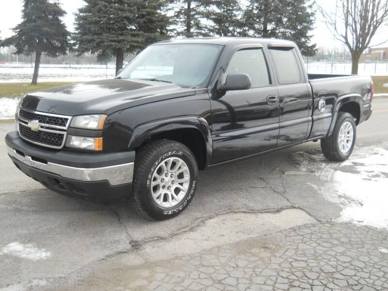 2006 Chevrolet Silverado 1500 for sale at Hern Motors in Hubbard OH