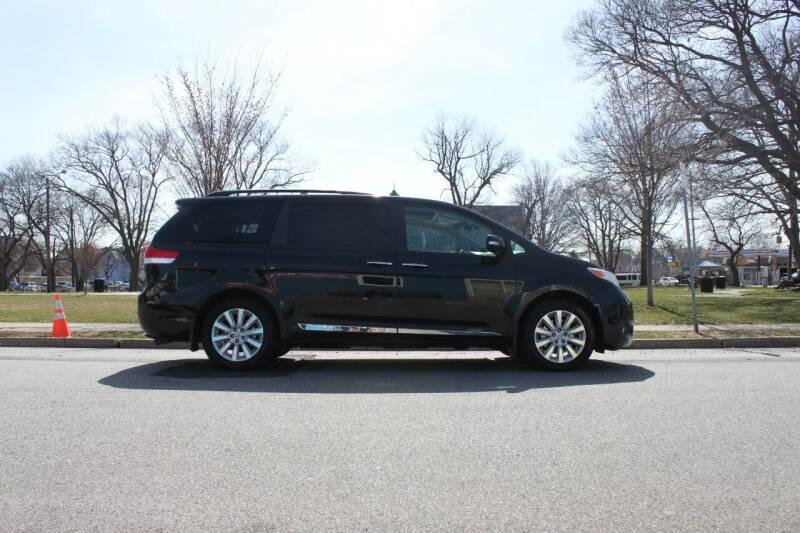 2014 Toyota Sienna for sale at Lexington Auto Club in Clifton NJ