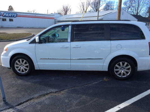 2015 Chrysler Town and Country for sale at BISHOP MOTORS inc. in Mount Carmel IL