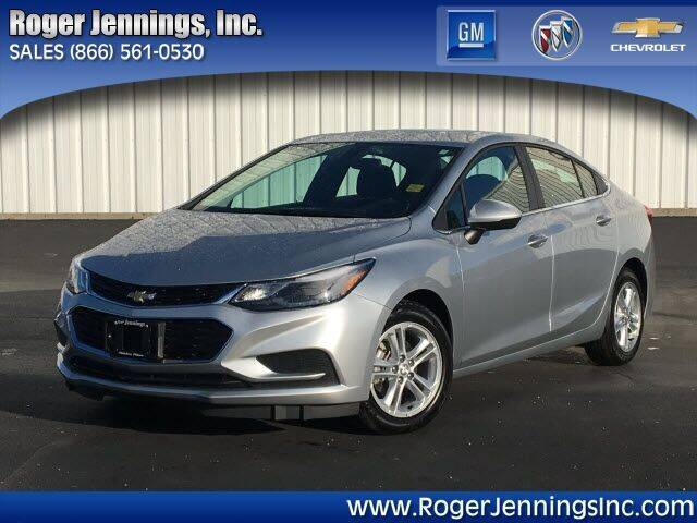 2018 Chevrolet Cruze for sale at ROGER JENNINGS INC in Hillsboro IL