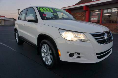 2009 Volkswagen Tiguan for sale at Premium Motors in Louisville KY