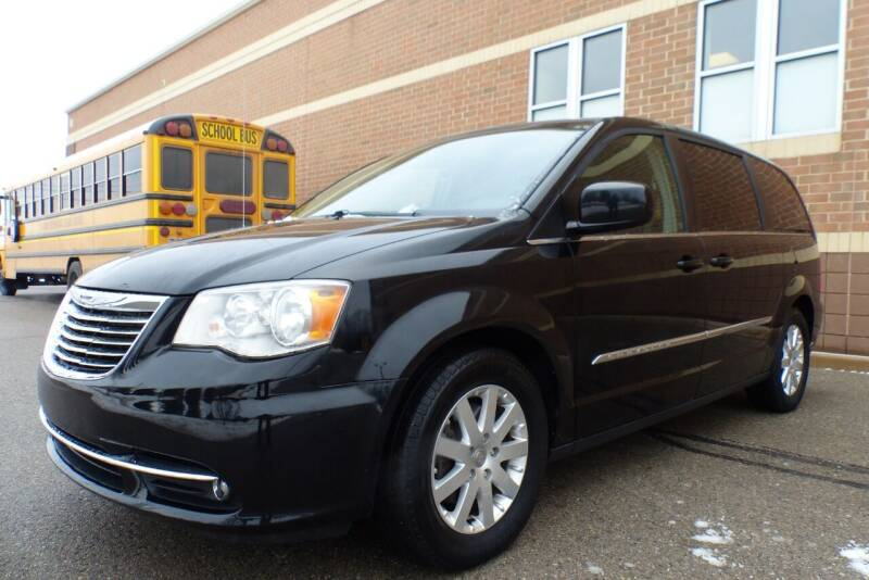 2016 Chrysler Town and Country for sale at Macomb Automotive Group in New Haven MI