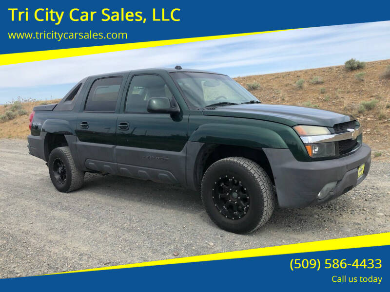 2004 Chevrolet Avalanche for sale at Tri City Car Sales, LLC in Kennewick WA