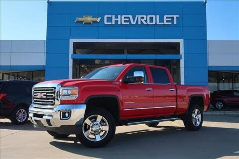 2016 GMC Sierra 2500HD for sale at Lipscomb Auto Center in Bowie TX