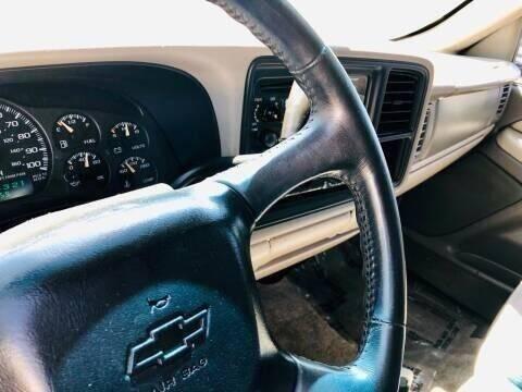 2001 Chevrolet Suburban for sale at ALBUQUERQUE AUTO OUTLET in Albuquerque NM