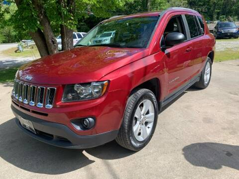 2016 Jeep Compass for sale at Day Family Auto Sales in Wooton KY