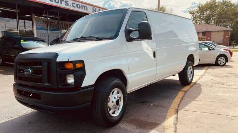 2008 Ford E-Series Cargo for sale at TOP YIN MOTORS in Mount Prospect IL