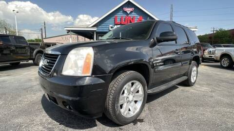 2007 GMC Yukon for sale at LUNA CAR CENTER in San Antonio TX