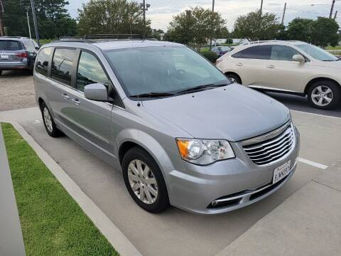 2016 Chrysler Town and Country for sale at JOE BULLARD USED CARS in Mobile AL