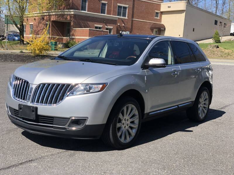 2013 Lincoln MKX for sale at LARIN AUTO in Norwood MA