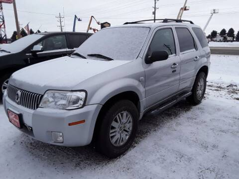 2007 Mercury Mariner for sale at BARNES AUTO SALES in Mandan ND