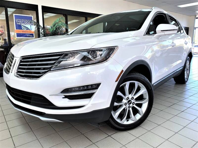 2017 Lincoln MKC for sale at SAINT CHARLES MOTORCARS in Saint Charles IL