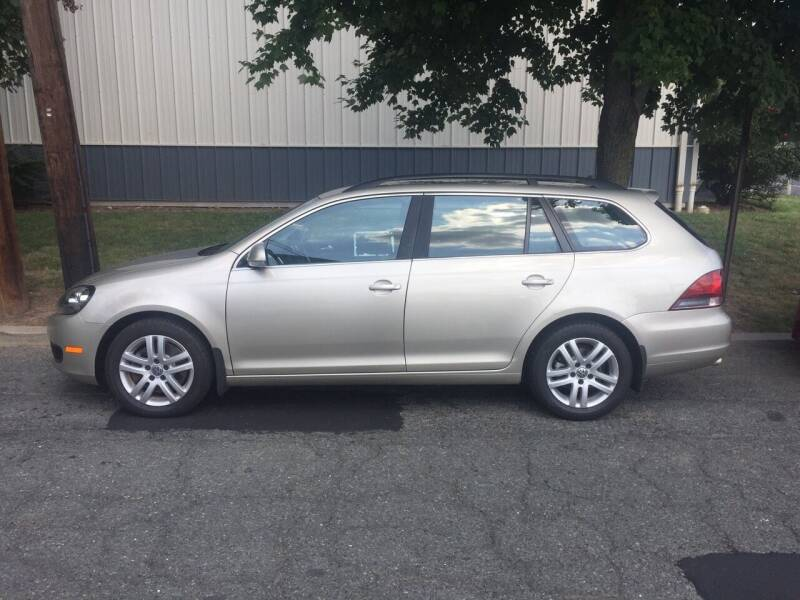 2013 Volkswagen Jetta for sale at UNION AUTO SALES in Vauxhall NJ