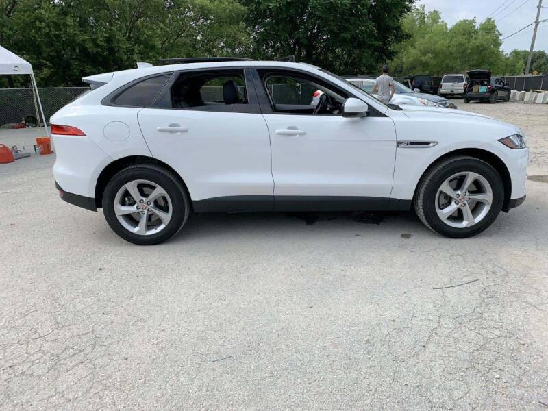 2017 Jaguar F-PACE for sale at Car Connections in Kansas City MO