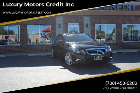 2010 Mercedes-Benz E-Class for sale at Luxury Motors Credit Inc in Bridgeview IL