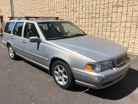 1999 Volvo V70 for sale at Z Motorz Company in Philadelphia PA