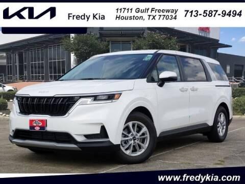 2022 Kia Carnival for sale at FREDY USED CAR SALES in Houston TX
