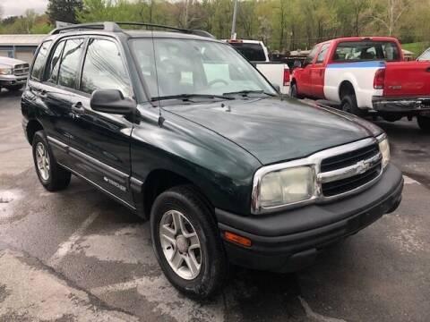 2004 Chevrolet Tracker for sale at INTERNATIONAL AUTO SALES LLC in Latrobe PA