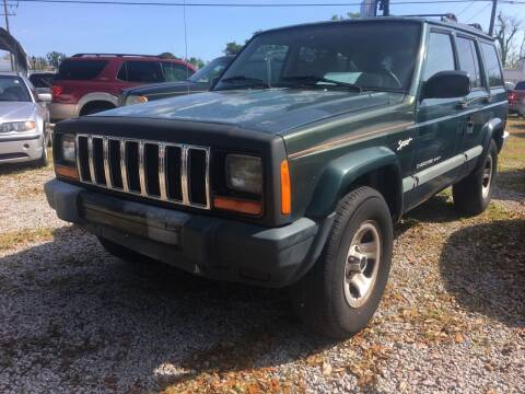 2000 Jeep Cherokee for sale at Webb's Automotive Inc 11 in Morehead City NC
