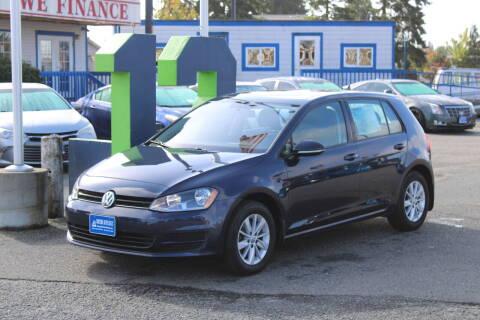 2015 Volkswagen Golf for sale at BAYSIDE AUTO SALES in Everett WA