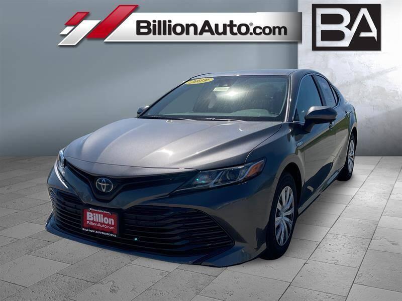 2019 Toyota Camry Hybrid for sale in Iowa City, IA