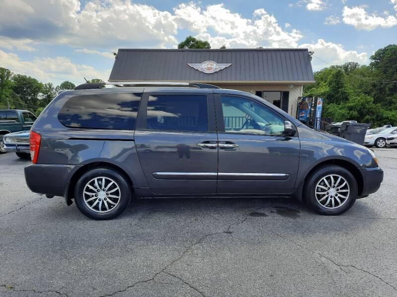 2012 Kia Sedona for sale in Elkin, NC