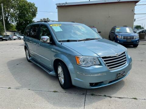 2010 Chrysler Town and Country for sale at Zacatecas Motors Corp in Des Moines IA