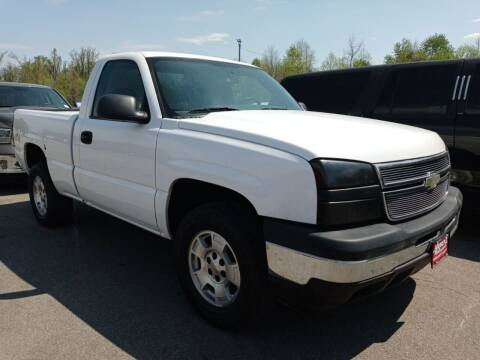 2006 Chevrolet Silverado 1500 for sale at Roberts Rides LLC in Franklin OH
